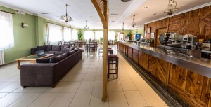 Zona de Bar y Cafetería.